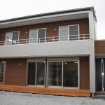 ザ・スタイリッシュ おしゃれな外観と自然素材の家